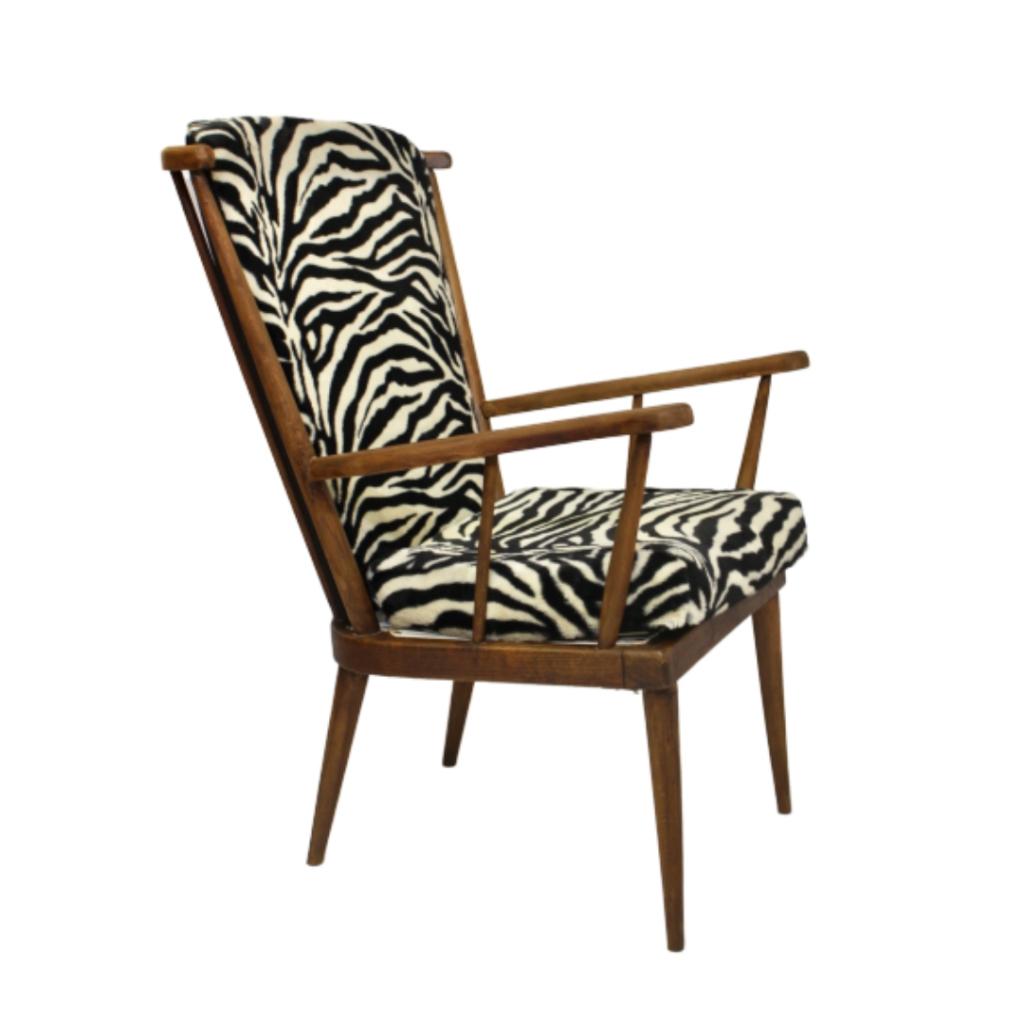 Baumann armchair fan 60′ entirely restored zebra fabric.