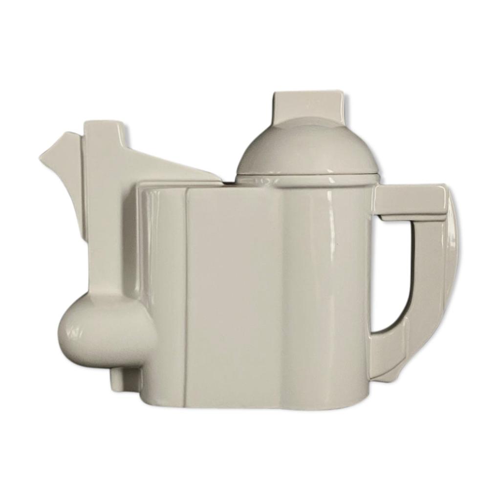 Cleto Munari, Modernist Teapot 'Omaggio a Kazimir Malevich' Cubist / Bauhaus Porcelain Teapot
