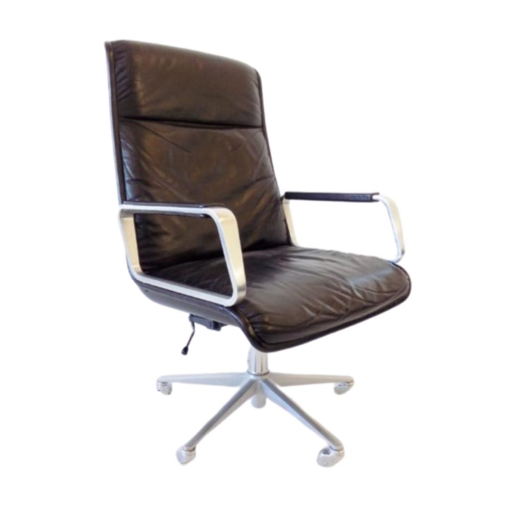 Wilkhahn Delta 2000 Highback black leather office chair by Delta Design