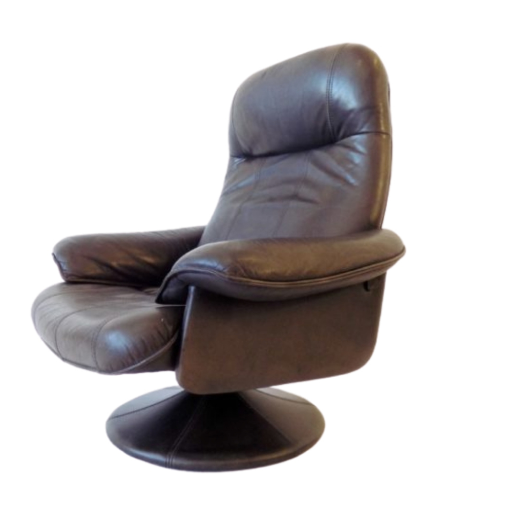 Thams Kvalitet Danish brown leather loungechair 70s