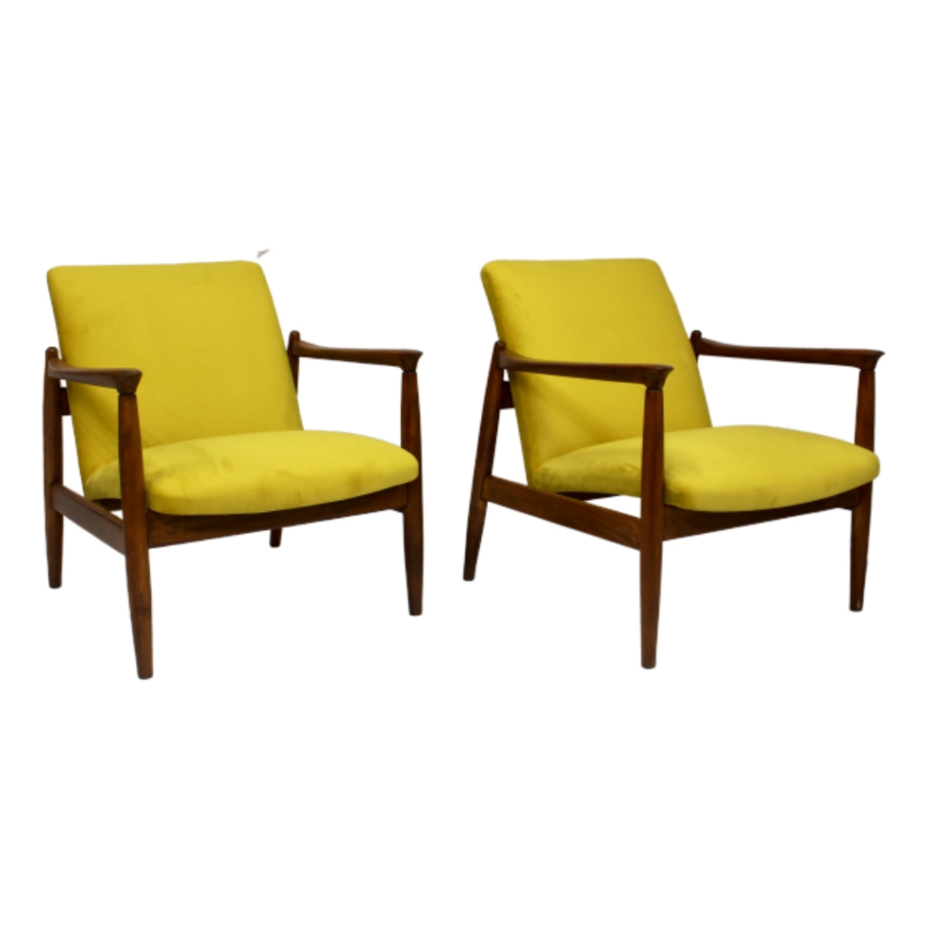 Pair of vintage armchairs GFM-142 year 1960 Edmund Homa fully restored yellow fabric velvety aspect.
