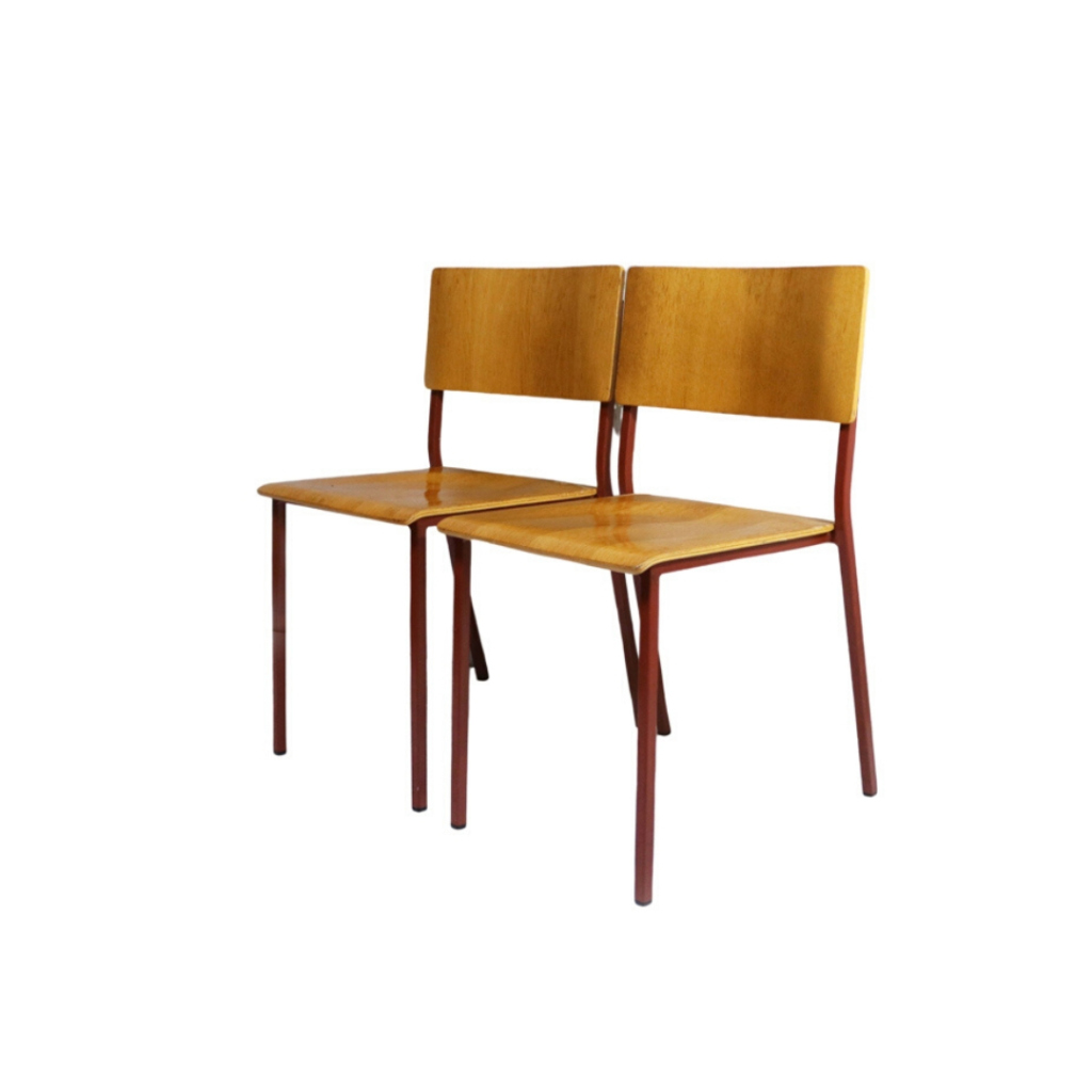 Set of 4 1970's stacking chairs with red frames