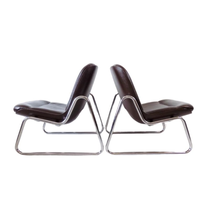 Drabert pair of brown leather lounge chairs by Gerd Lange