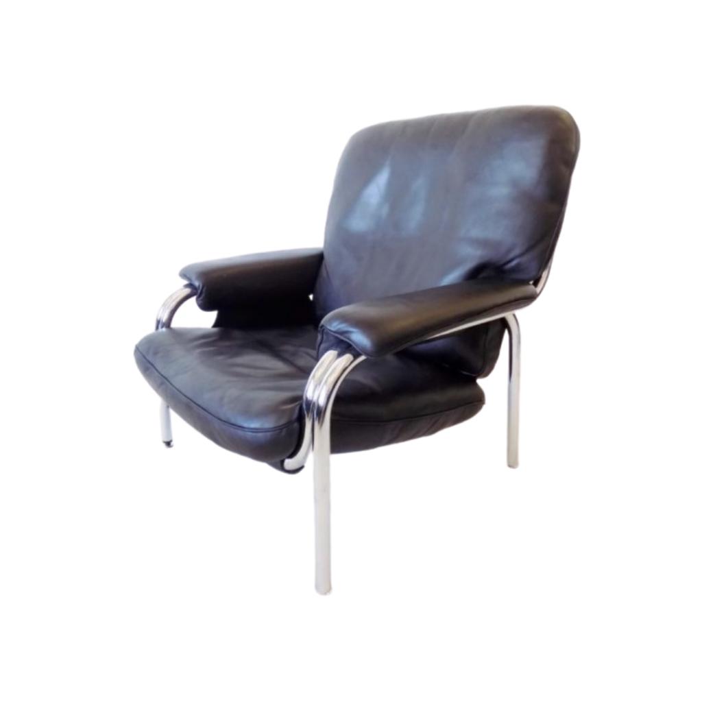 De Sede Kangeroo leather lounge chair by Hans Eichenberger