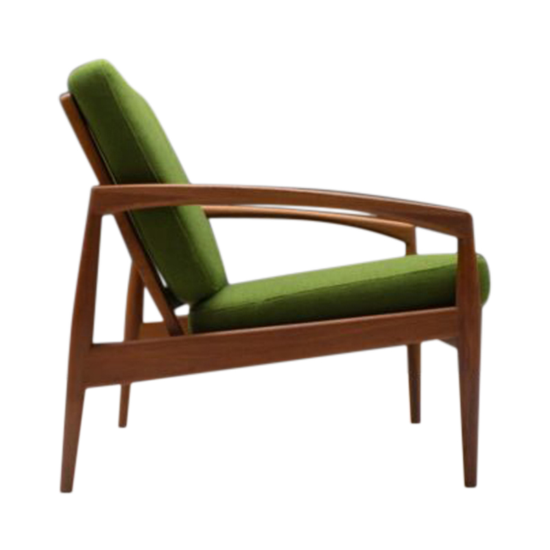 Stilraum-NÅrnberg-Nuremberg-Paper-Knife-Easy-Chair-Kai-23-768×510