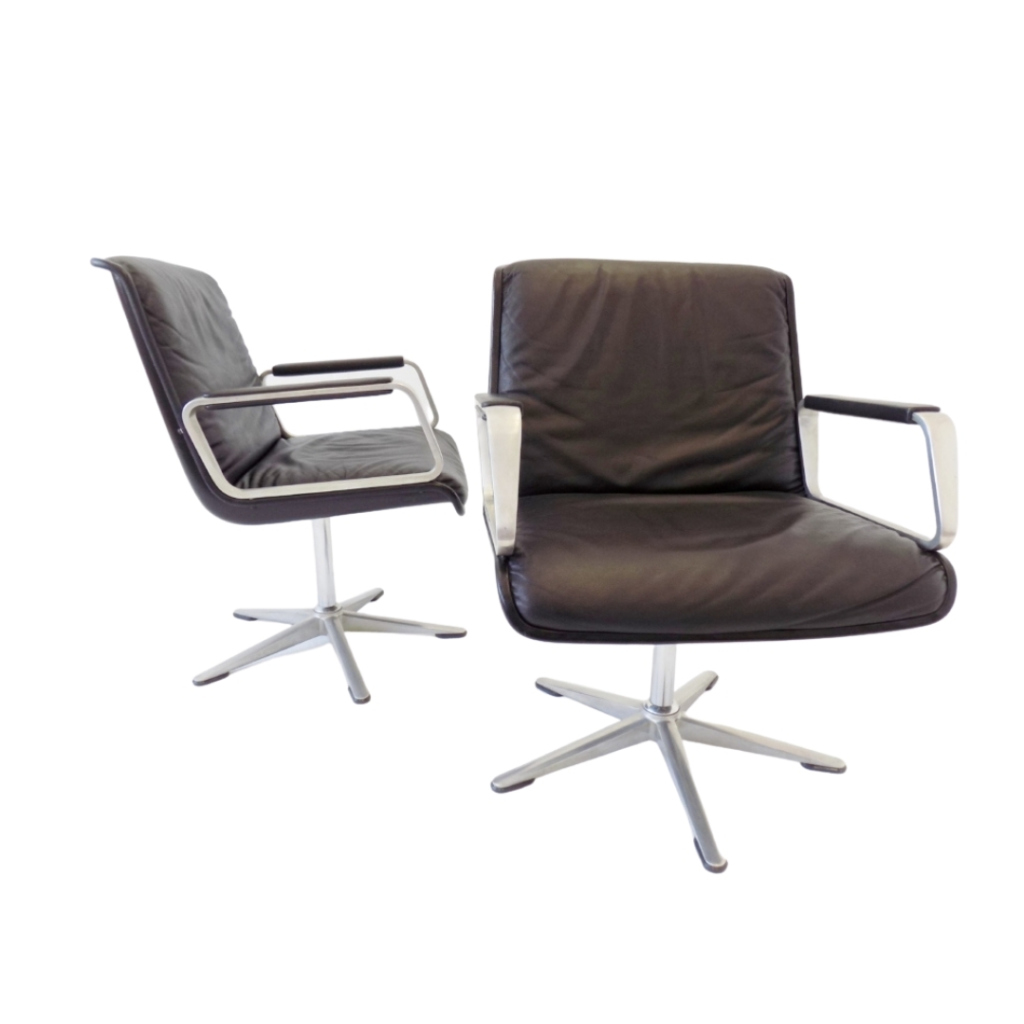 Wilkhahn Delta 2000 set of 2 black leather officechairs by Delta Design