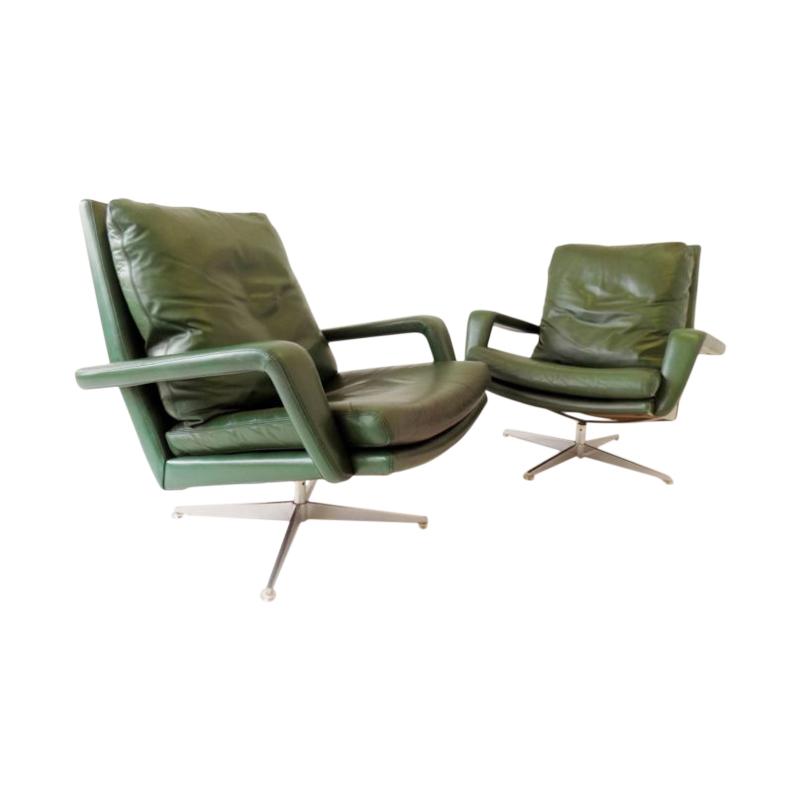 Kaufeld-lounge-chairs-pair-green-1-chairclassics-768×542