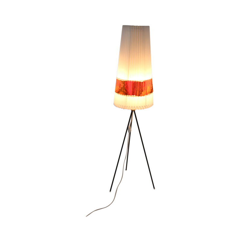 Timeless-art.nl-staand-driepootlamp-3
