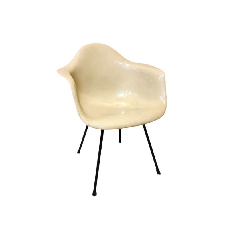 Parchment 2nd Gen Herman Miller Vintage Original Eames DAX Arm Shell Chair