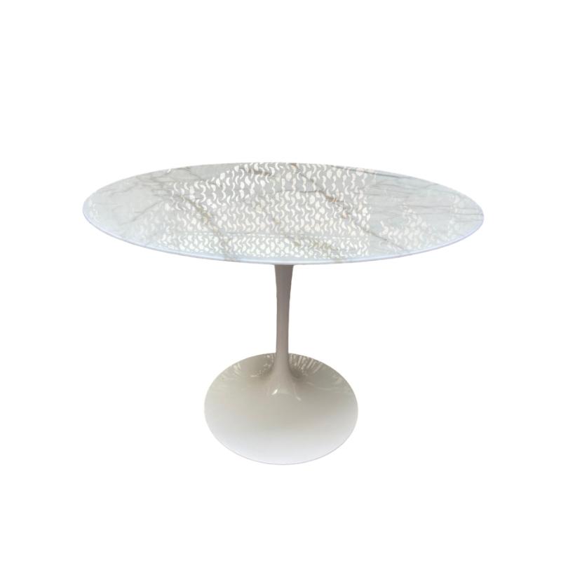 Knoll Tulip marble table