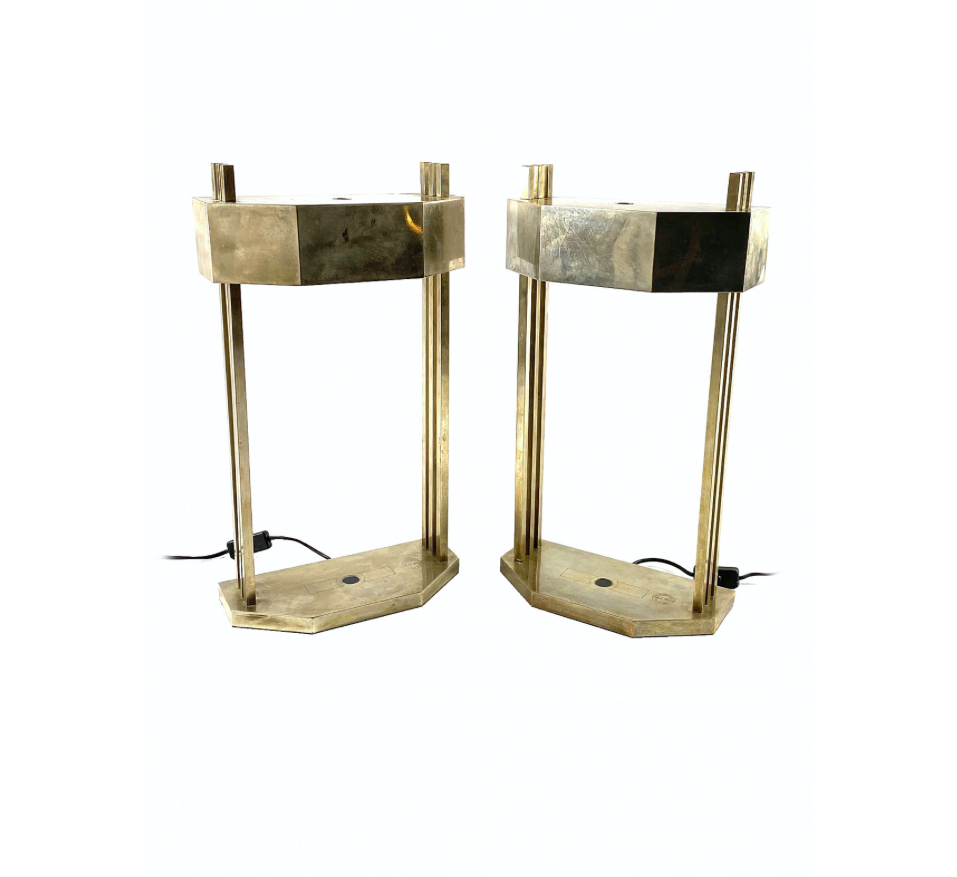 Marcel Breuer, Pair of Bauhaus Cubist shaped Lamps designed for 1925 Paris Expo, Marked bauhaus logo and under the base