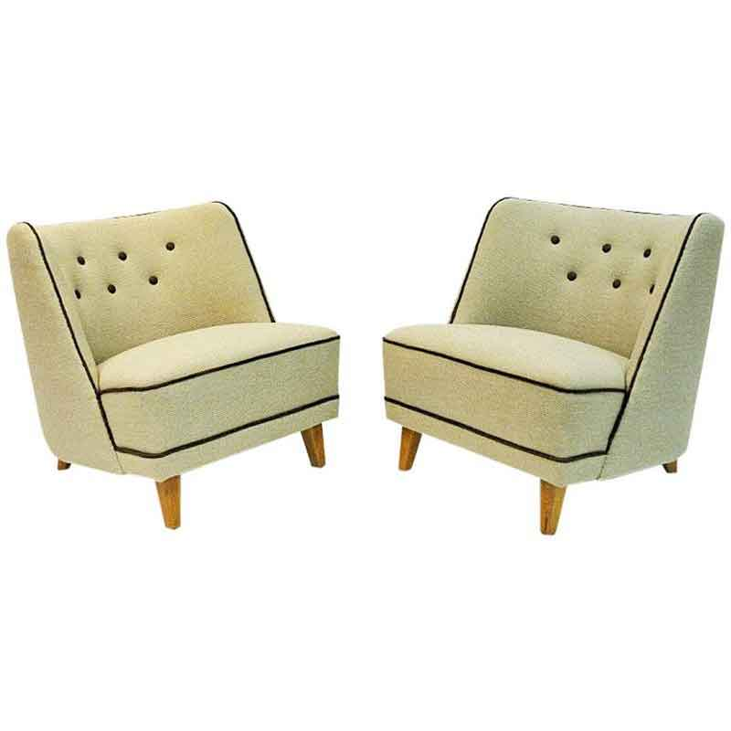 Lovely pair of Norwegian Easy chairs by Møller & Stokke 1940s