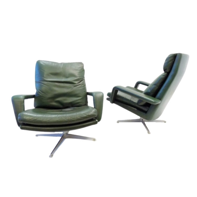 Kaufeld set of 2 green leather armchairs