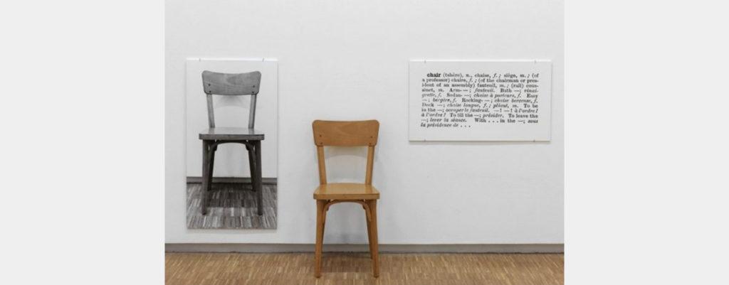 « One and three chairs » (1965) de Joseph Kosuth