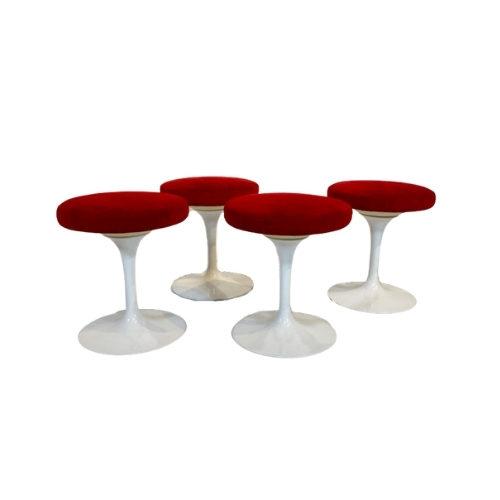 "Stool ""Tulip"" by Eero Saarinen for Knoll International, USA 2000s."