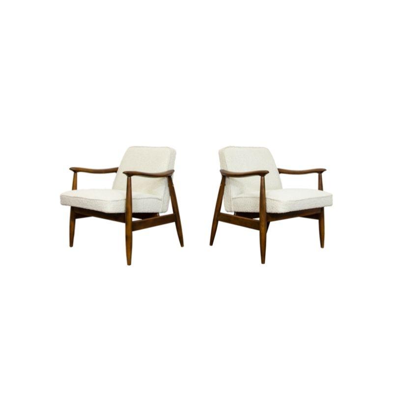 Pair of GFM-87 Type 300-203 armchairs by Juliusz Kędziorek