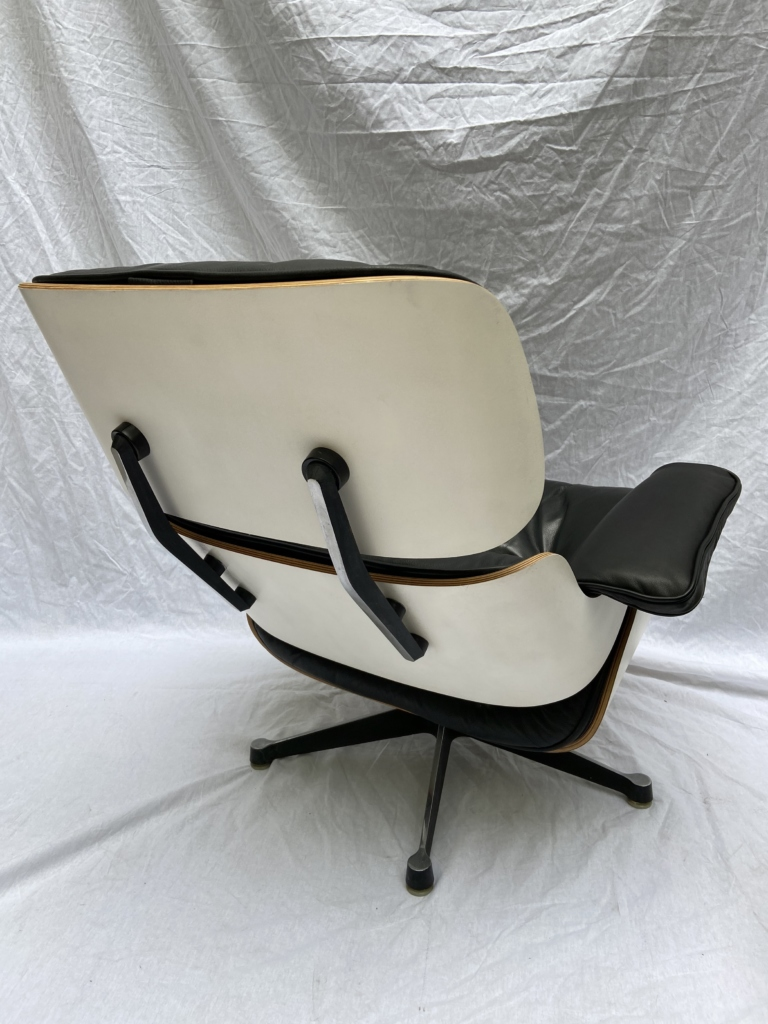 Lounge Chair and Ottoman Charles Eames