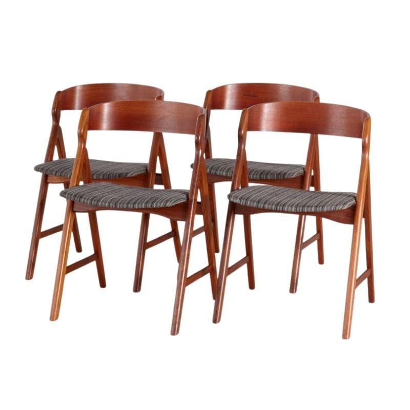 Set of 4 Model 71 Teak Dining Chairs by Henning Kjærnulf for Boltings Stolefabrik, 1960s