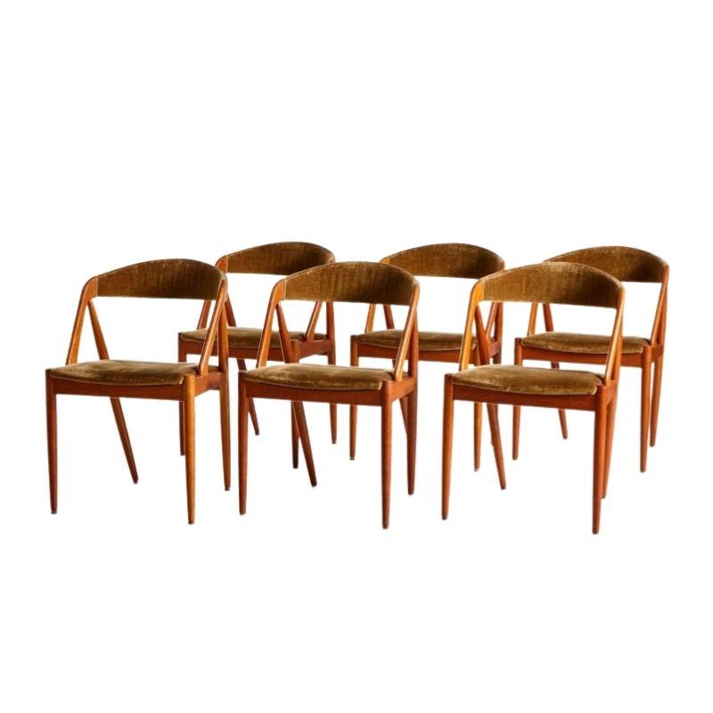 Set of 6 Model 31 Velvet Chairs by Kai Kristiansen