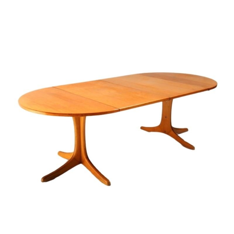 XL extendable table by Thonet with beautiful wear and tear