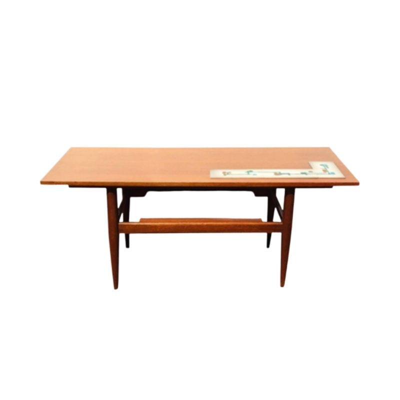 Vintage scandinavian style coffee table. 50s:60s (Mid-Century).