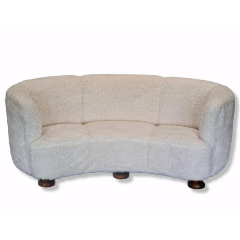 """60s, Danish restored """"Banana"""" 3 pers. sofa, oak wood"""