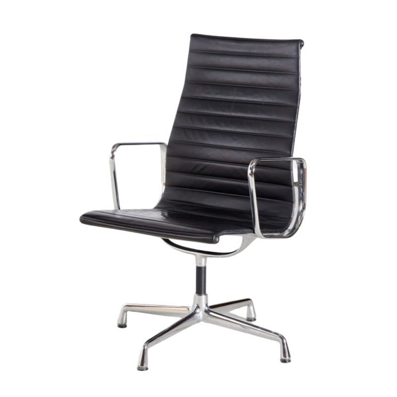 Charles & Ray Eames EA112 office chair