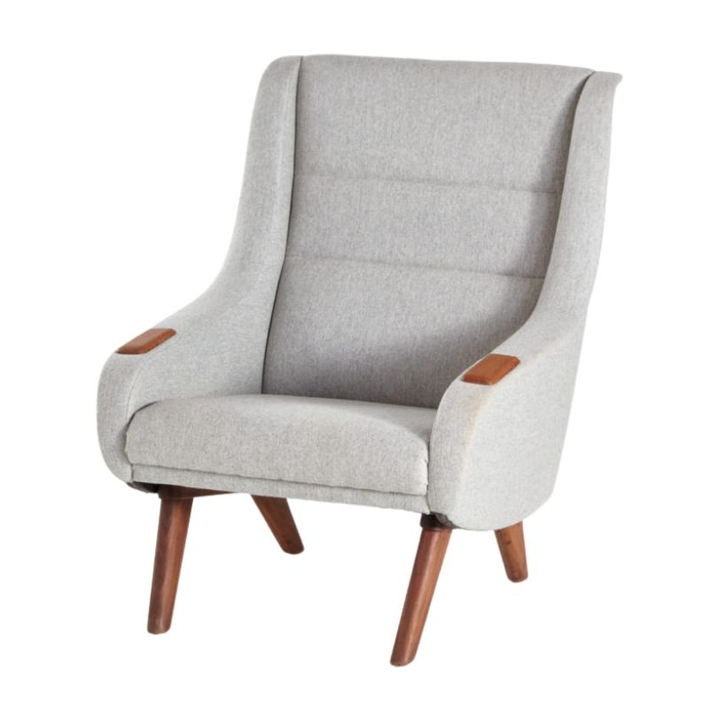 Lounge chair with Upholstery