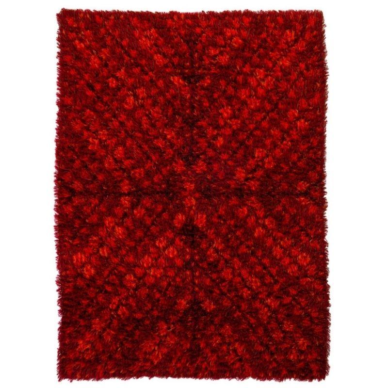 Scandinavian 20th century modern rya rug by AB Wahlbecks. 174 x 140 cm (69 x 55 in).