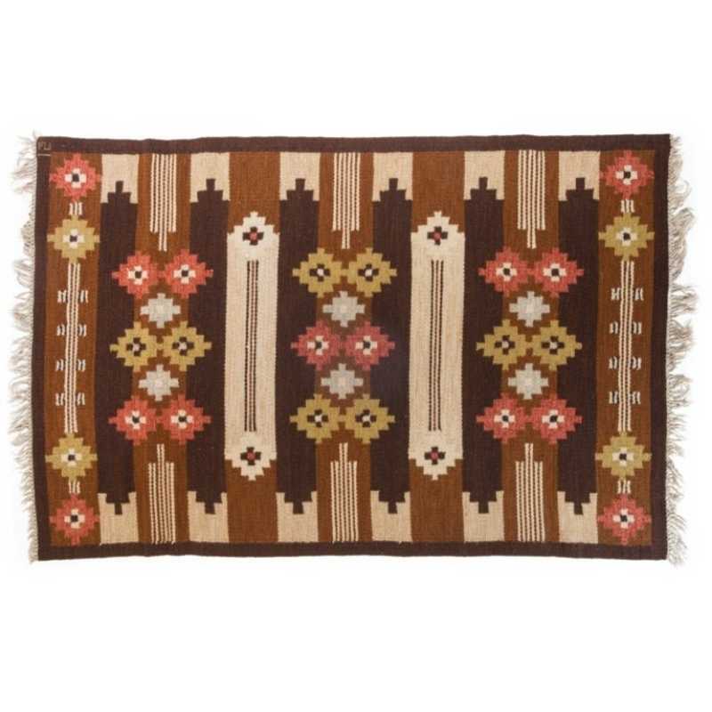 Scandinavian mid-century modern rug by Ingegerd Silow. 200 cm X 135 cm (6.56 ft X 4.43 ft).