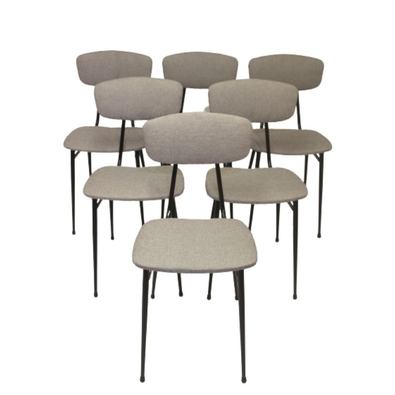 Lot of six vintage chairs year 50,60 tubular metal frame in very good condition light gray fabric.