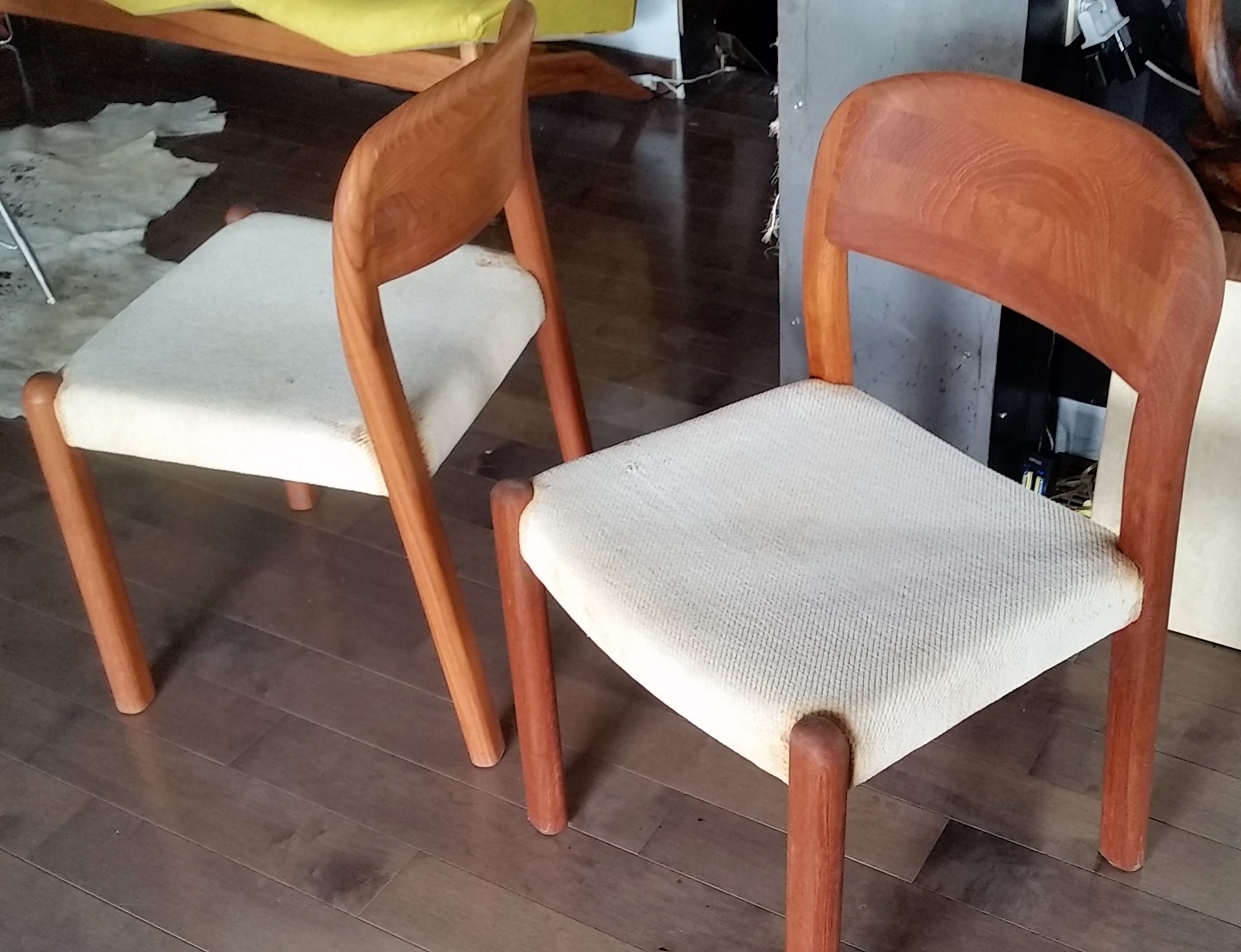 Surprising Teak Dining Chairs Mid Century Modern Please Help To Id Bralicious Painted Fabric Chair Ideas Braliciousco